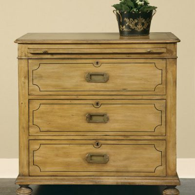 British Isle Pine Chest