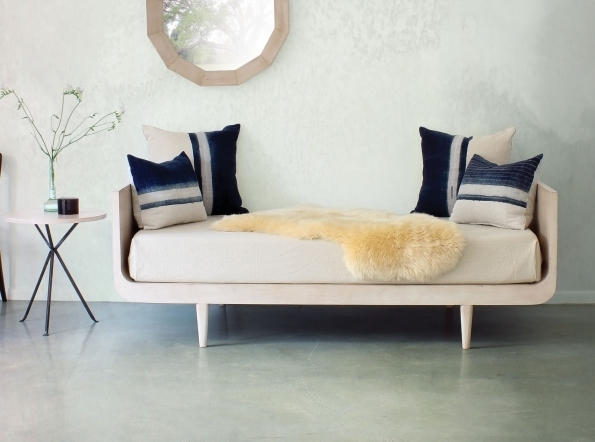 London Day Bed Staged