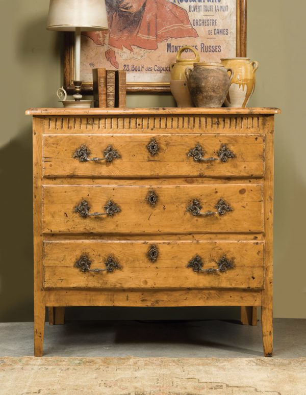 Provincial Pine 3 Draw Chest in Olde Timber